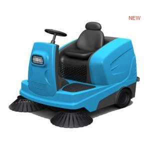 ride-on driving sweeper